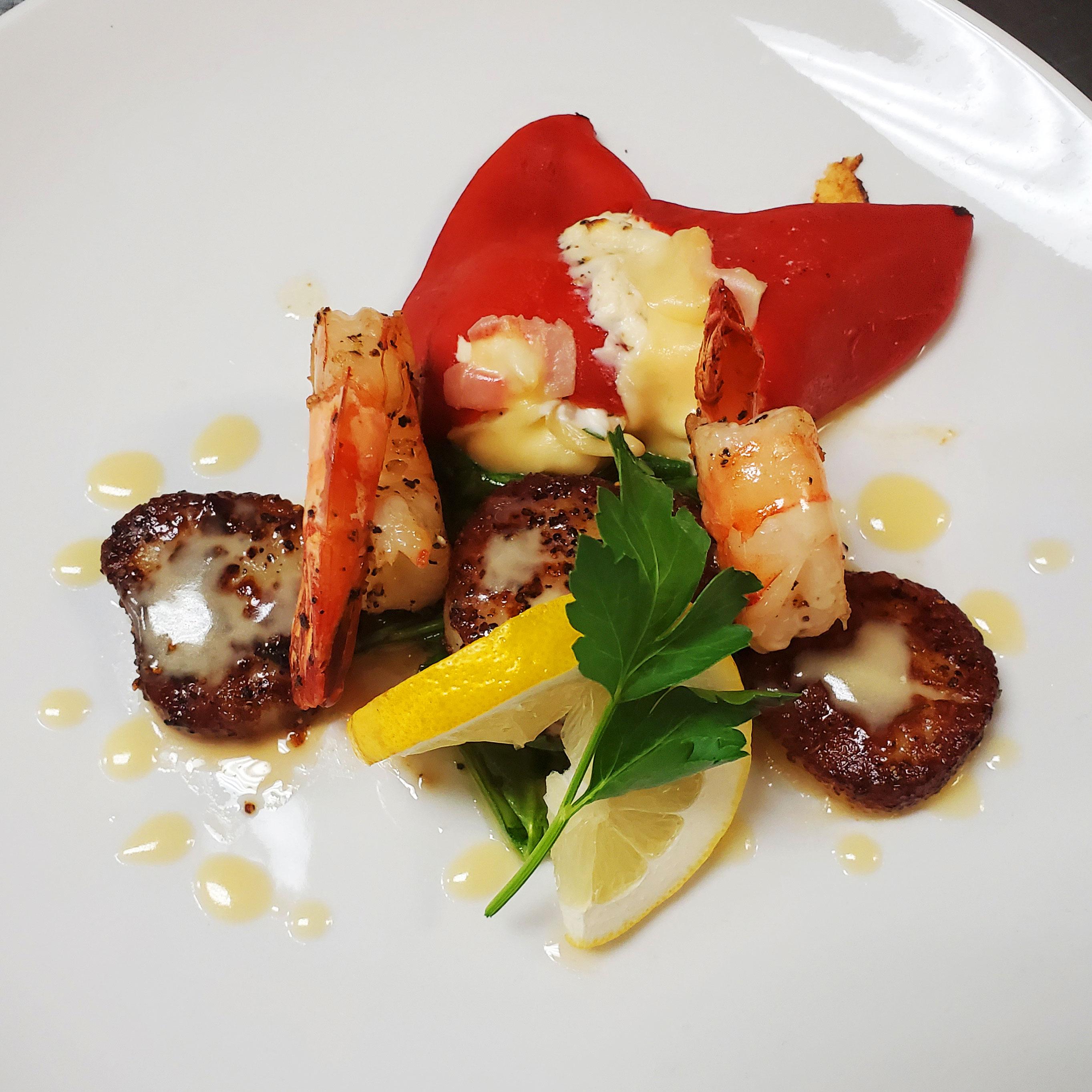 Jumbo Sea Scallops & Shrimp